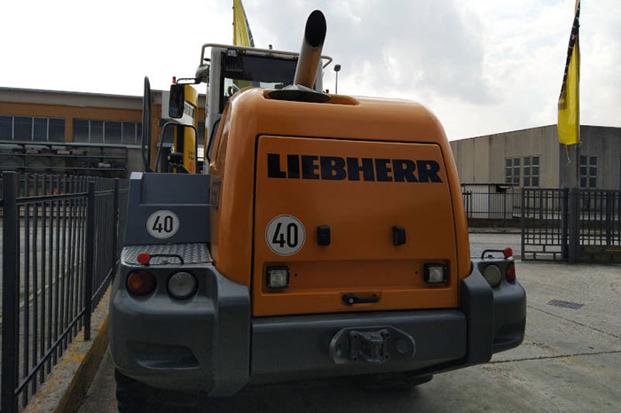 LIEBHERR L 550 7