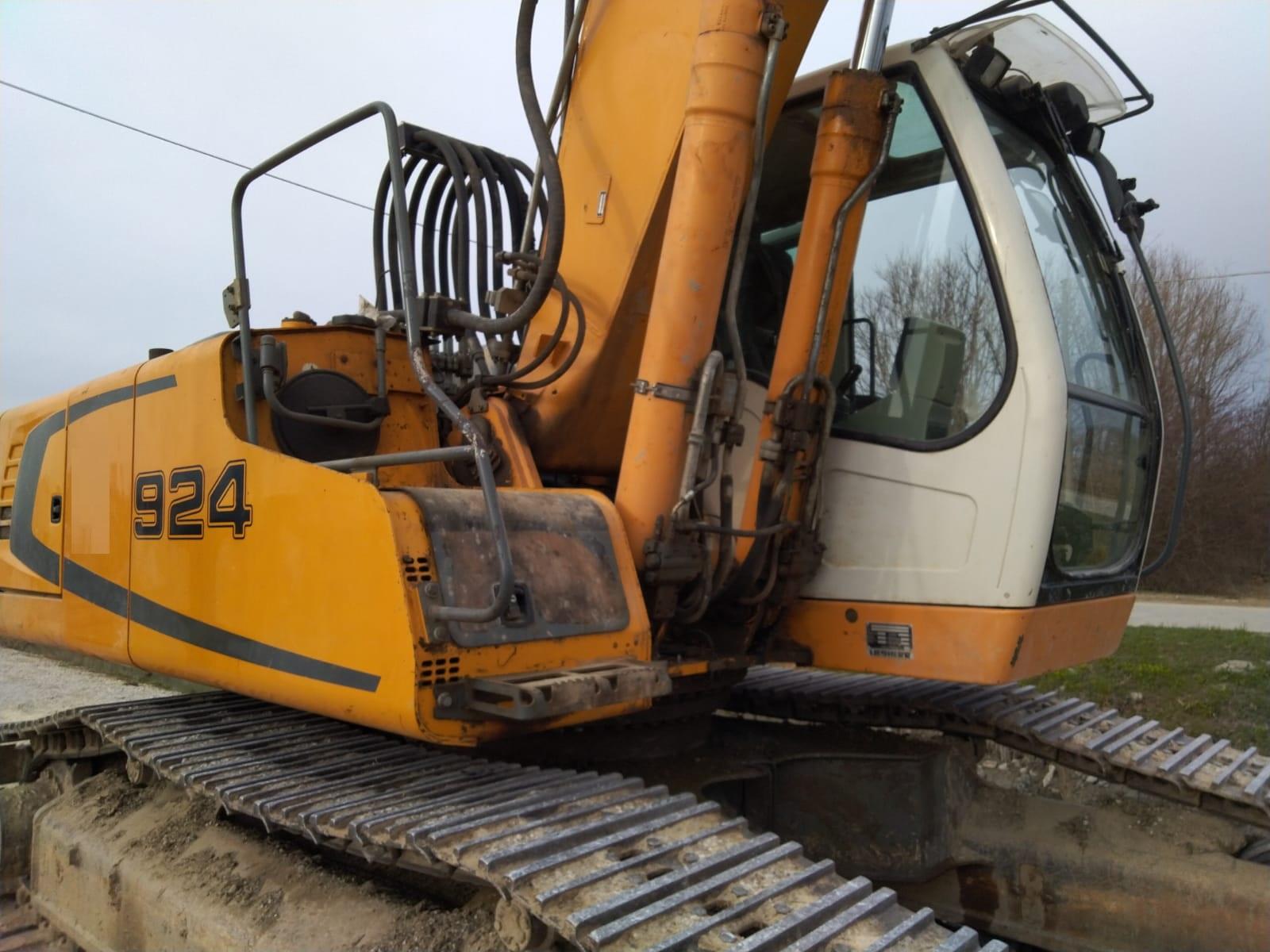 R924 Escavatore cingolato Liebherr