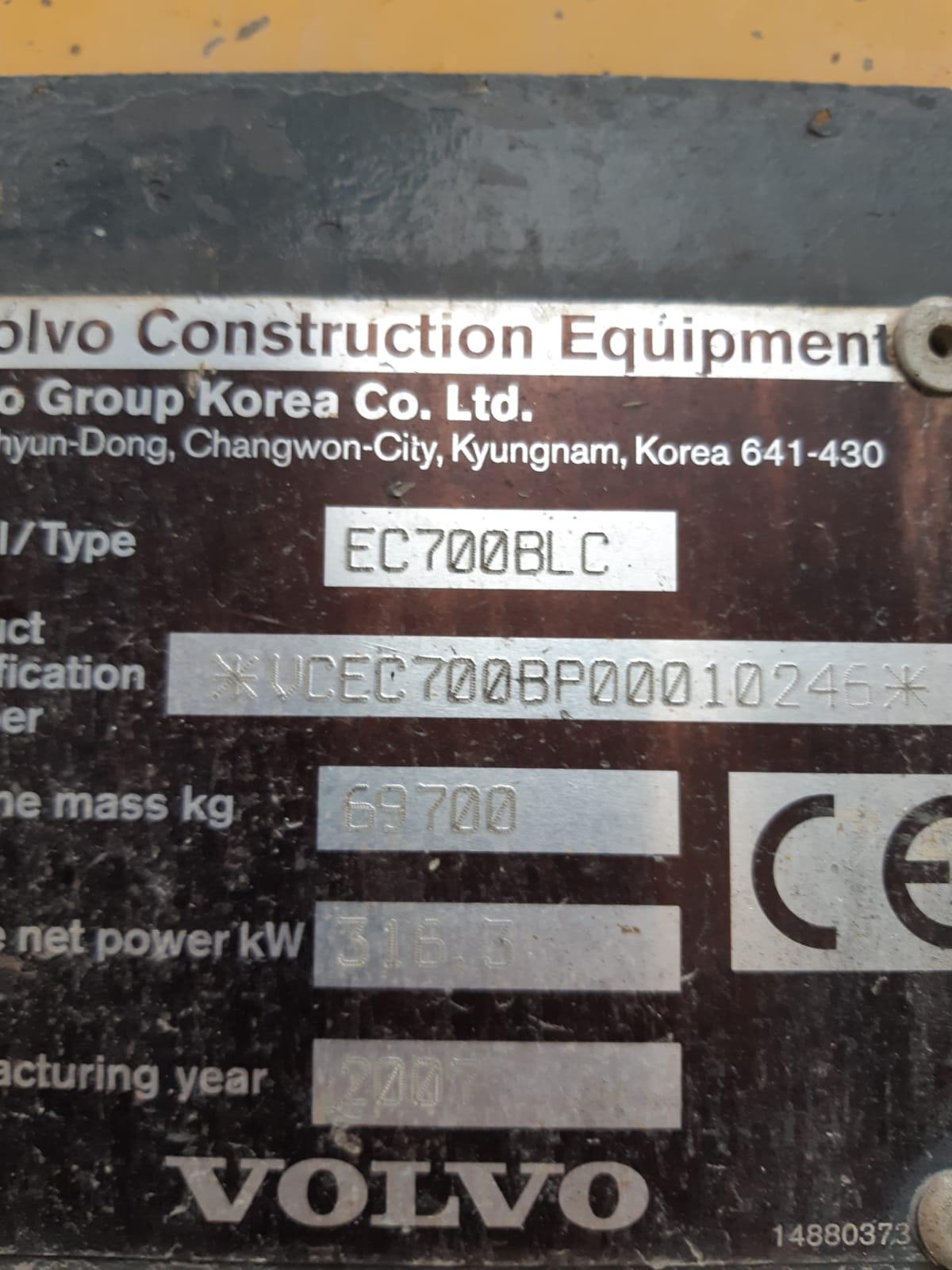 VOLVO EC700